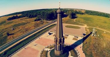 монумент славы 1812 года Красный