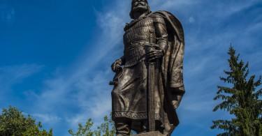Рославль памятник Ростиславу
