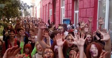 парад зомби в смоленске
