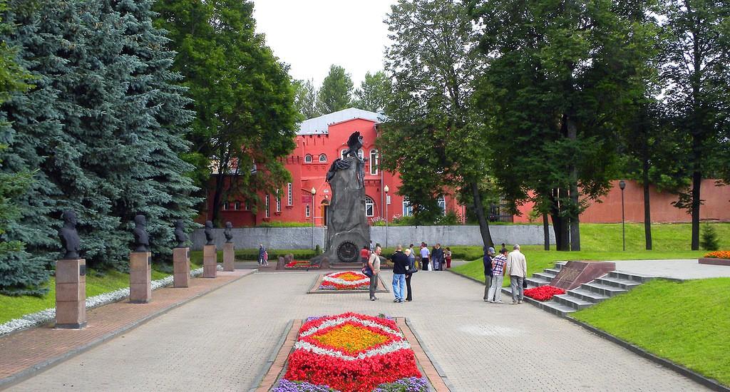 сквер памяти героев Смоленск