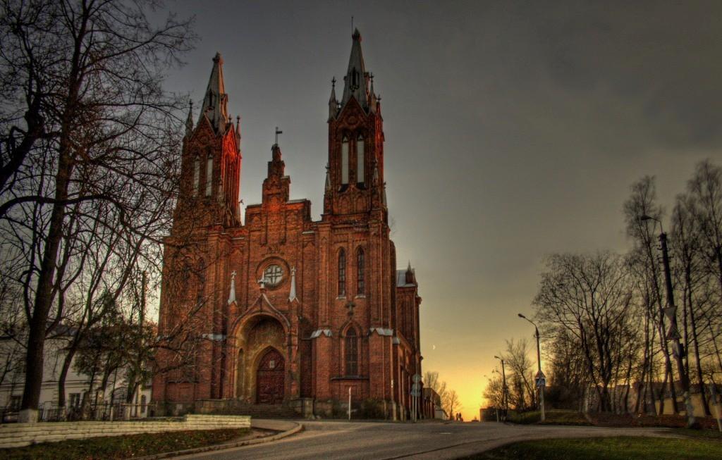 Католический Смоленск. Храм Непорочного Зачатия Пресвятой Девы Марии.