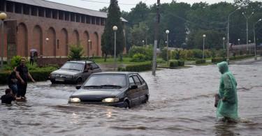ЖКХ Смоленск, ливневые канализации, ливень