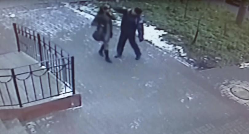 видео нападения на смолянку