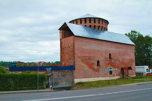 красная башня костырёвская смоленская крепость