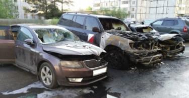 в смоленске за ночь сгорело три машины