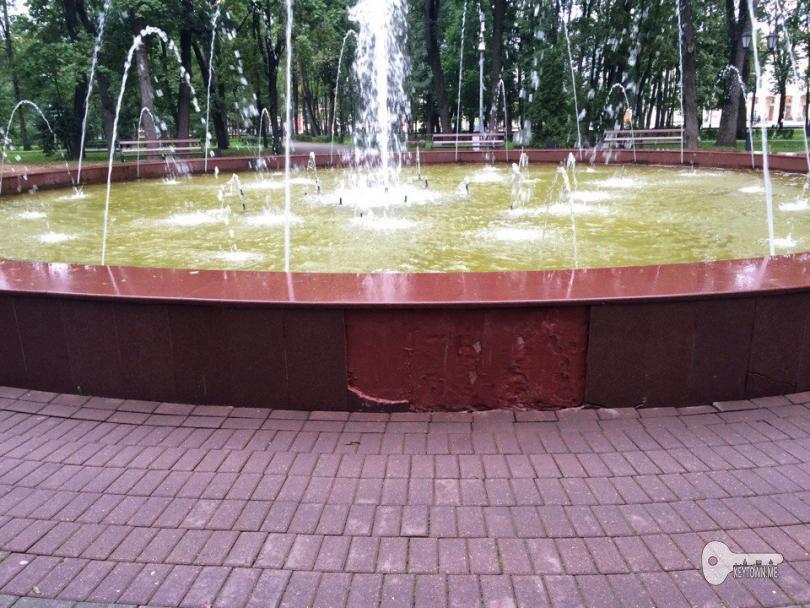 фонтан в центре смоленска