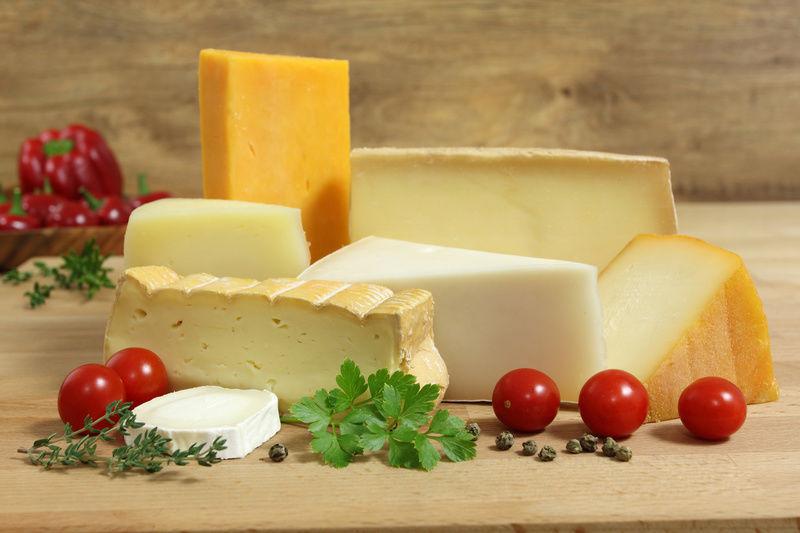 Смоленские профессионалы Россельхознадзора запретили ввоз 21 тонн масла и700кг сыра