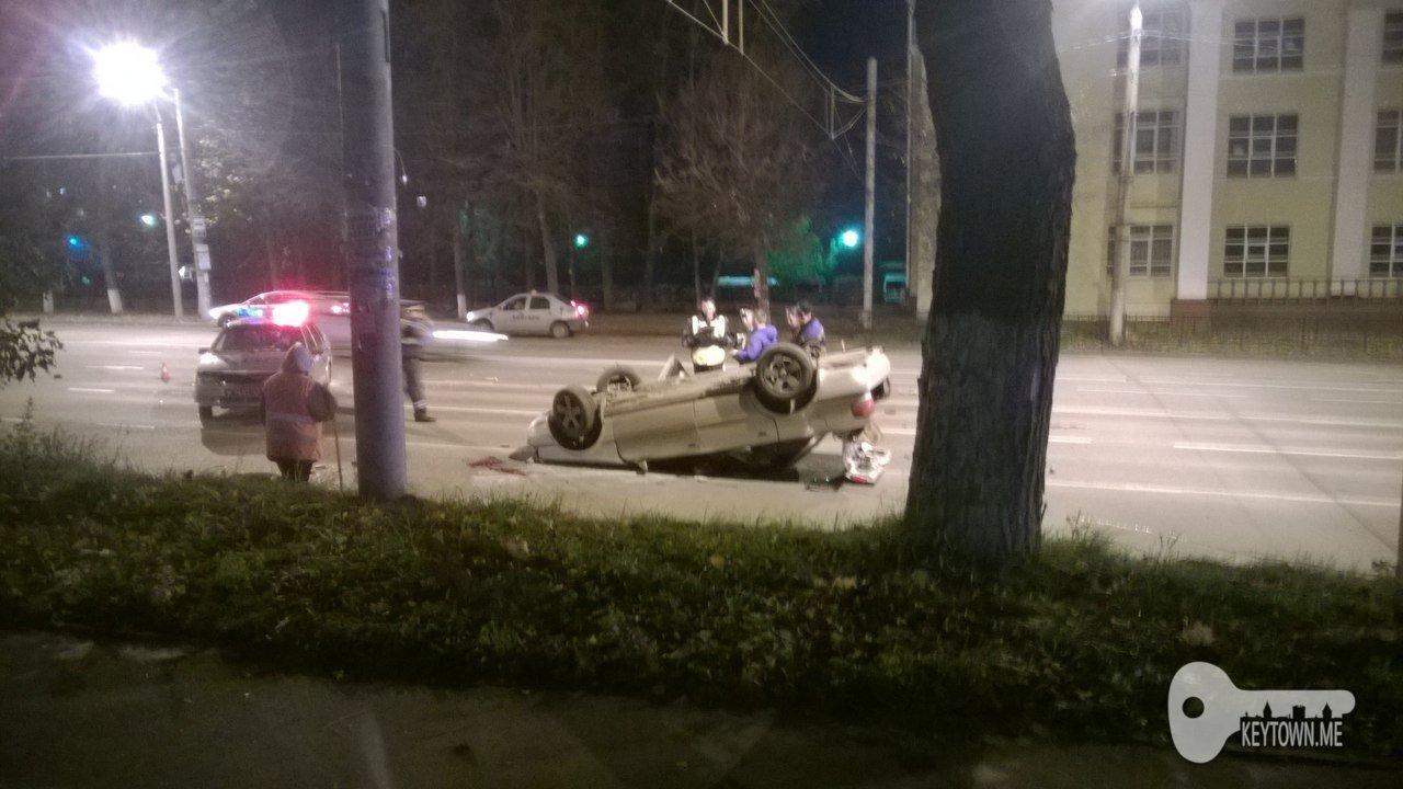 Детали ночной трагедии савто-«перевёртышем» наГагарина вСмоленске