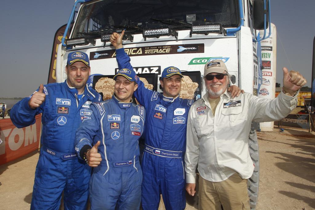 403 KUPRIANOV Sergey KUPRIANOV Alexander TANIN Anatoly KAMAZ Ambiance Portrait during the Africa Race 2017 from Monaco to Dakar, December 31 to January 14th, Africa - Photo Jorge Cunha / DPPI
