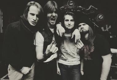 A Club, Metallica