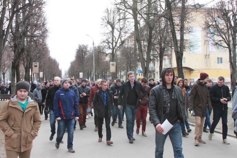 Соратник Навального Леонид Волков отпущен из-под стражи