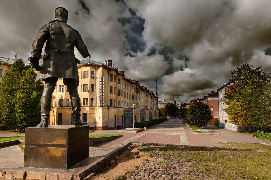 памятник Крыленко Смоленск