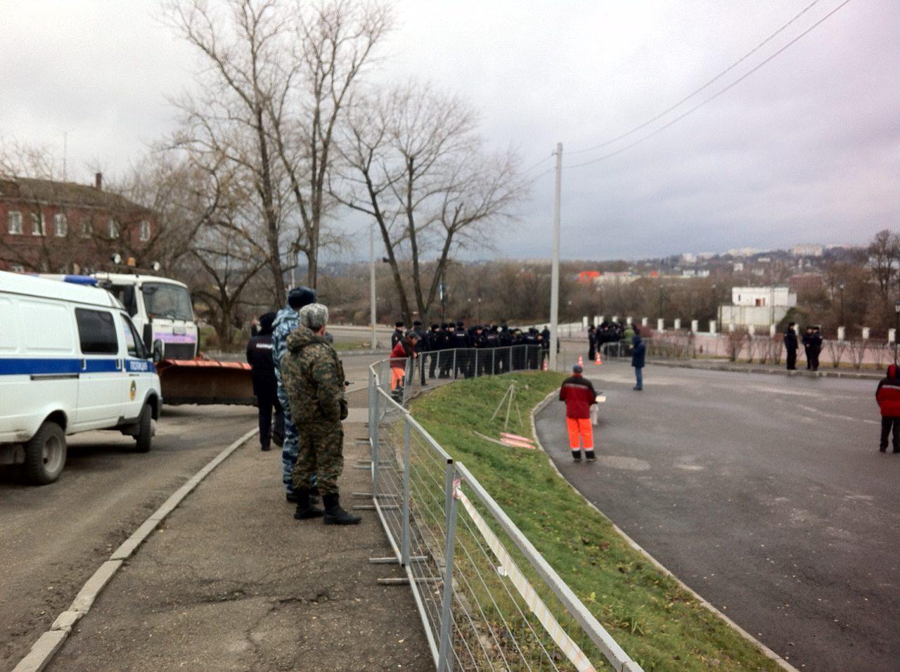 Соцсети обсуждают митинг Навального вСмоленске сошкольниками