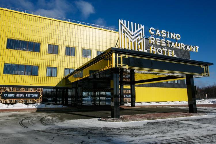 Стилистика официального сайта Casino Ra