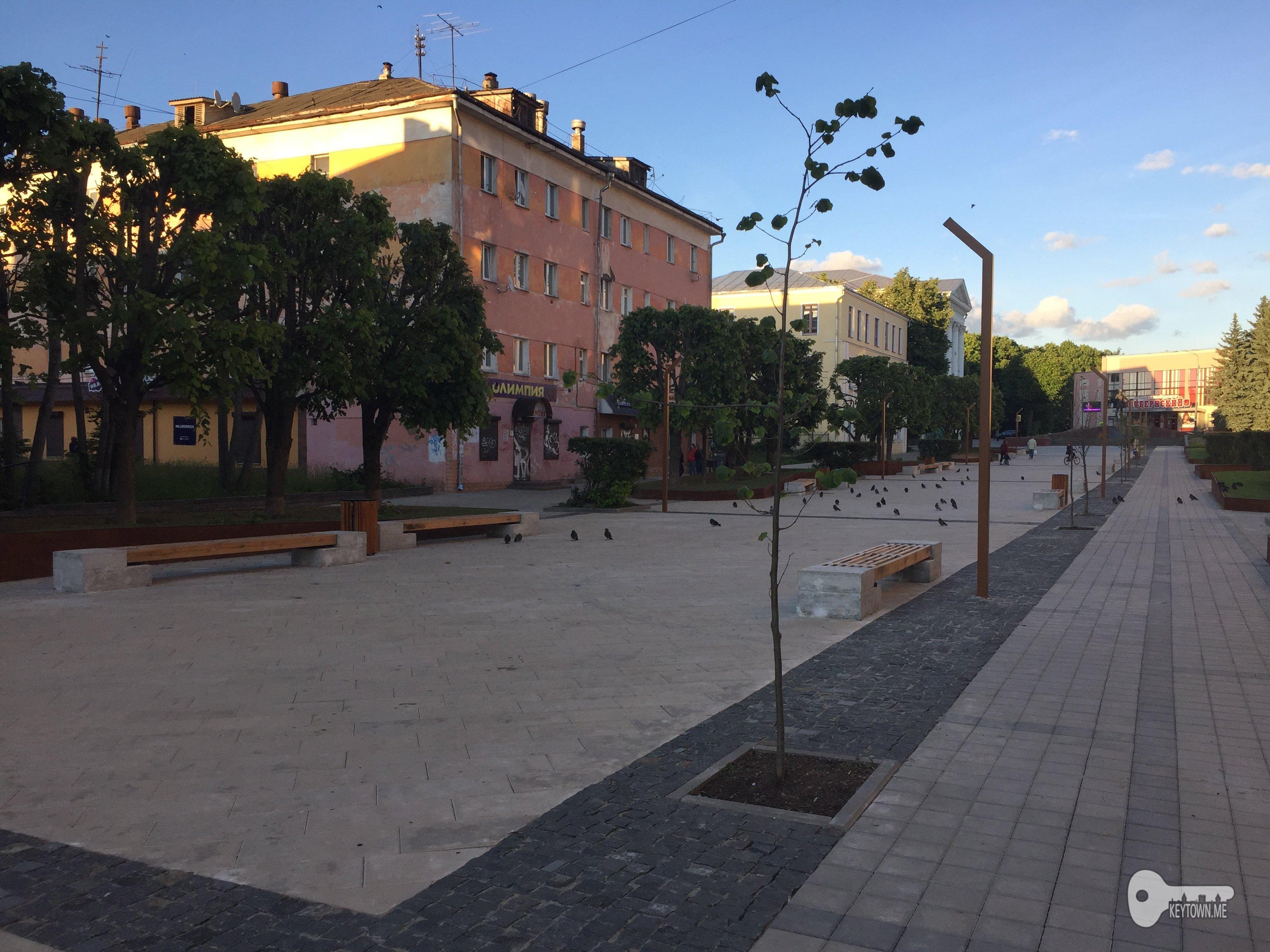 смоленское Заурядье, сквер на Коммунистической