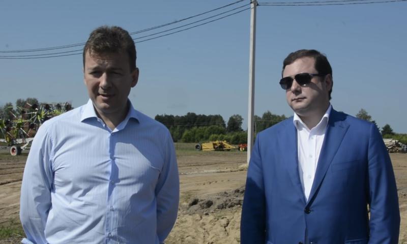 Президент АПК «Мираторг» Виктор Линник и губернатор Смоленской области А.Островский